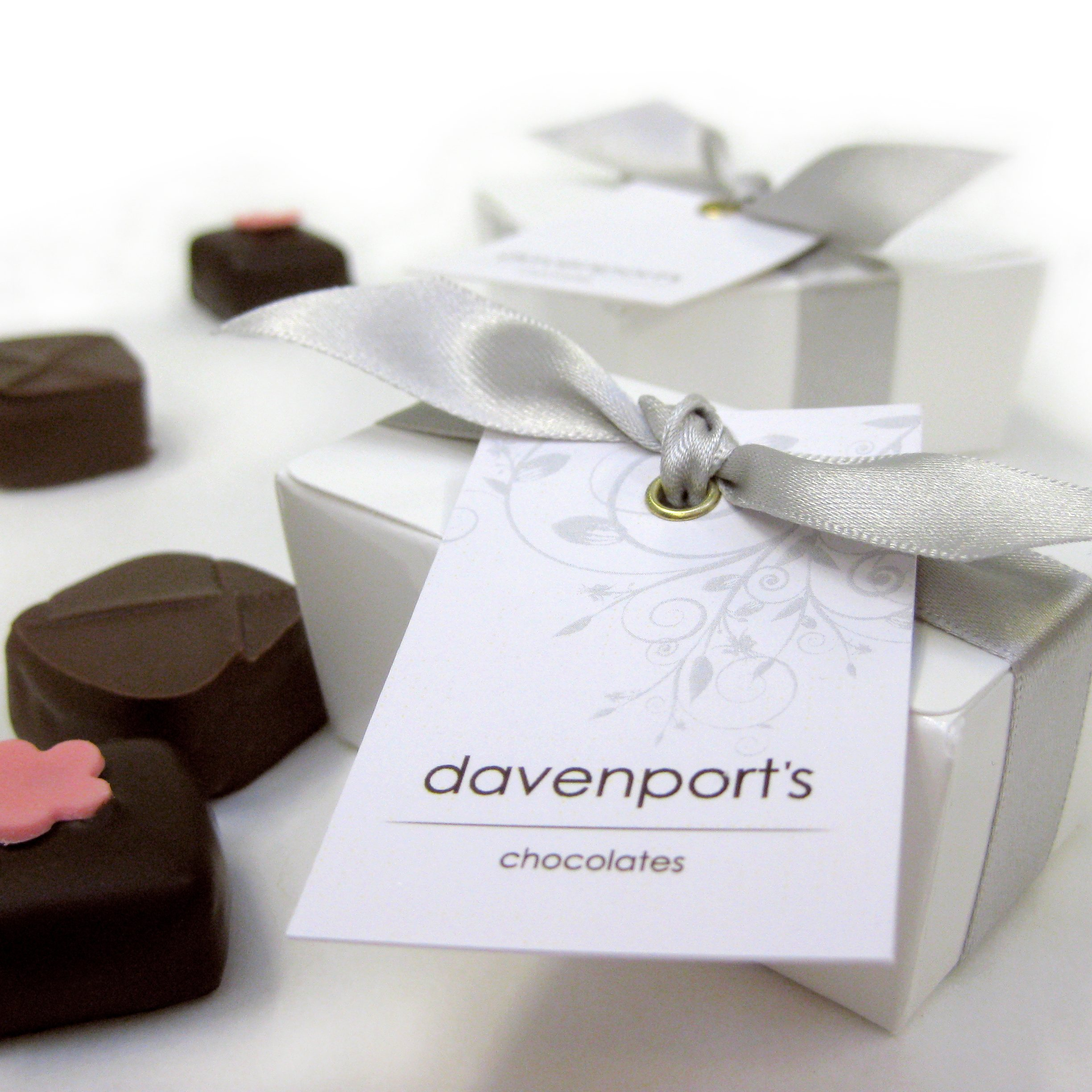 Davenport\'s Chocolate Wedding Favours - Yumbles.com
