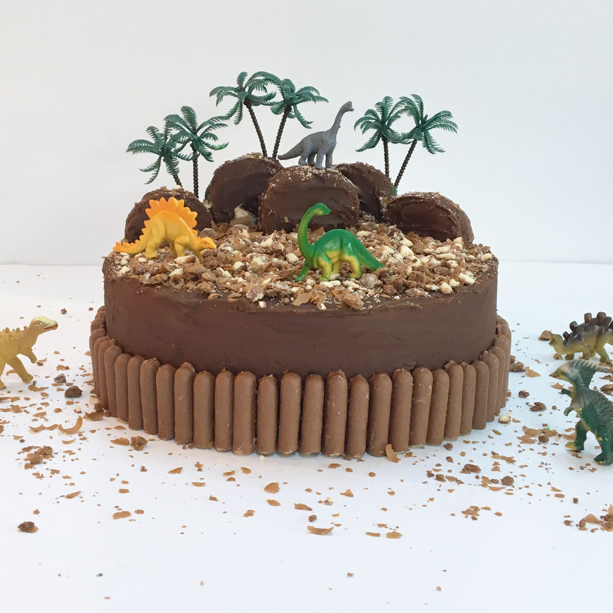 Dinosaur land cake kit yumbles dinosaur land cake kit solutioingenieria Image collections