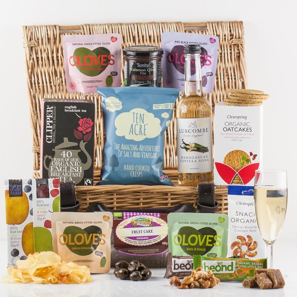 Hampers yumbles vegetarian treat gift basket healthy vegetarian treats snacks solutioingenieria Image collections