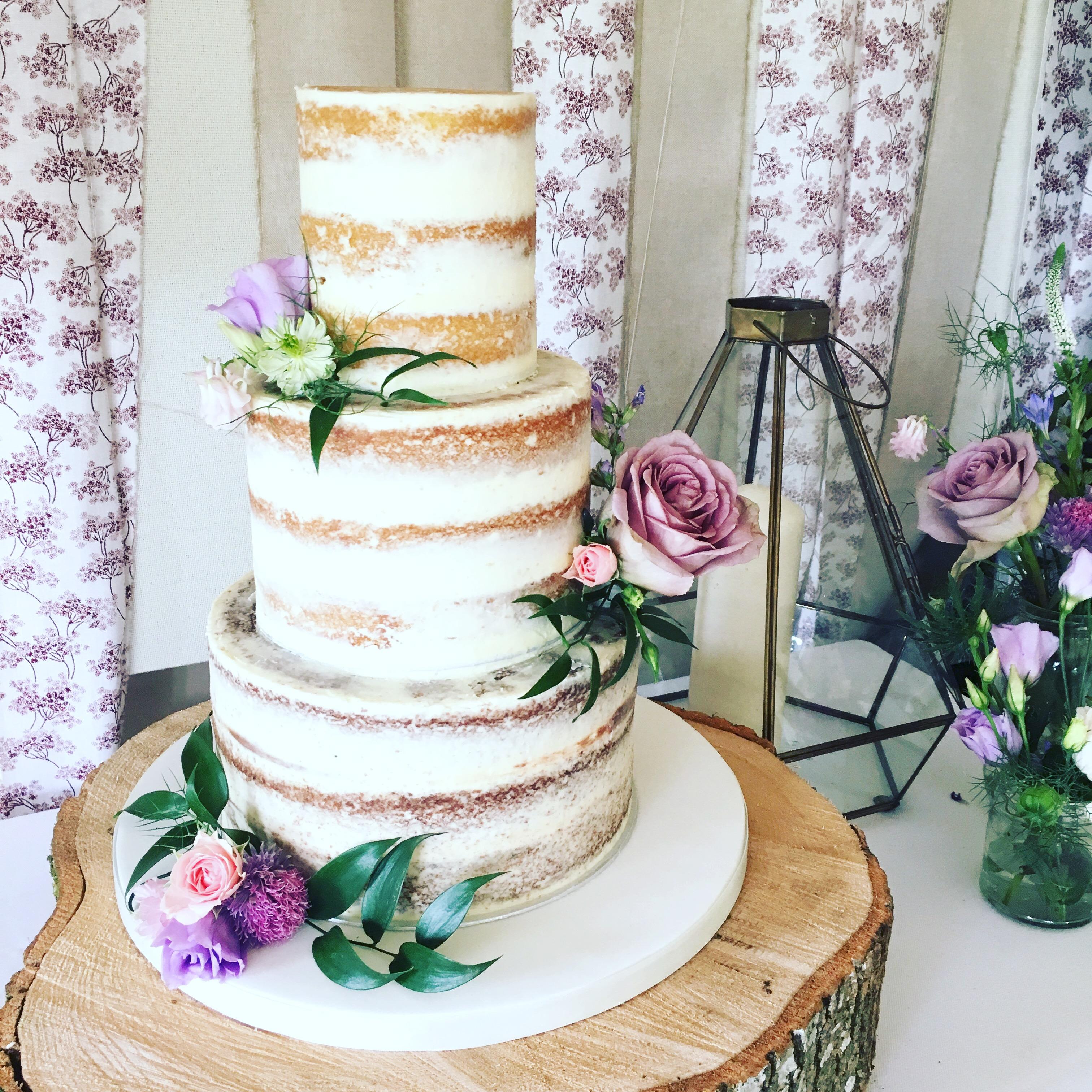 Naked Wedding Cake Yumbles Com