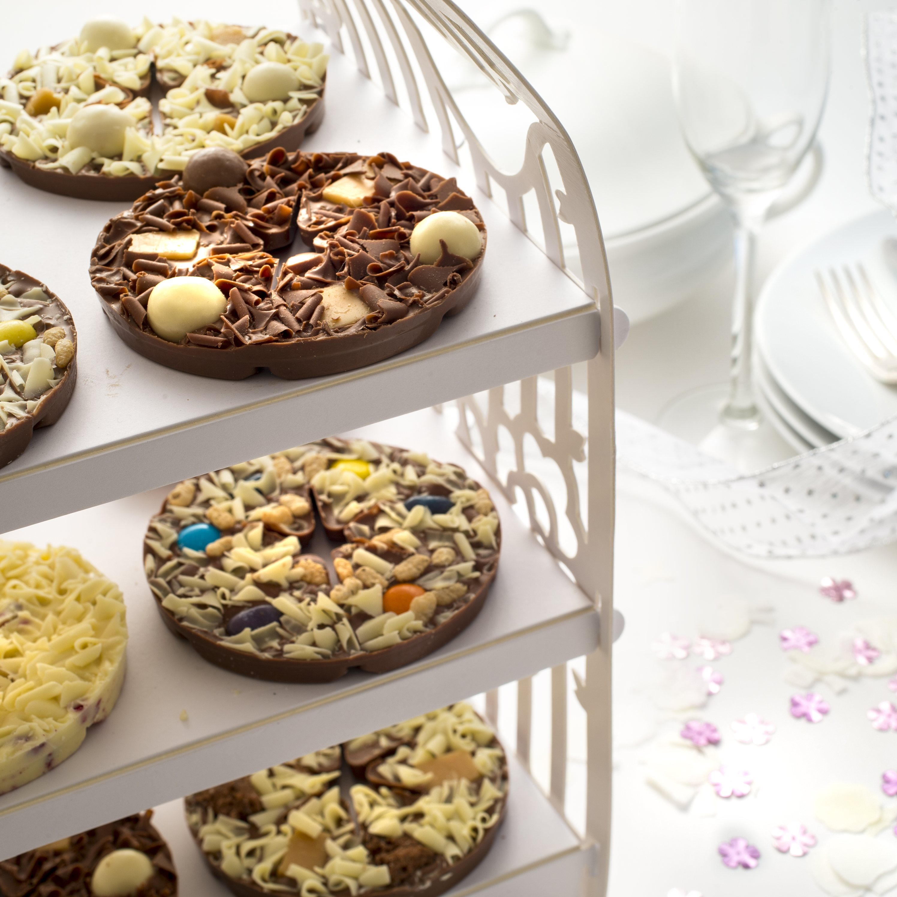 Mini Chocolate Pizza Wedding Favours (Pack of 10) - Yumbles.com