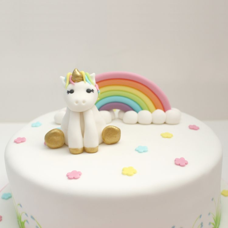 Pastel Unicorn Rainbow On Cake