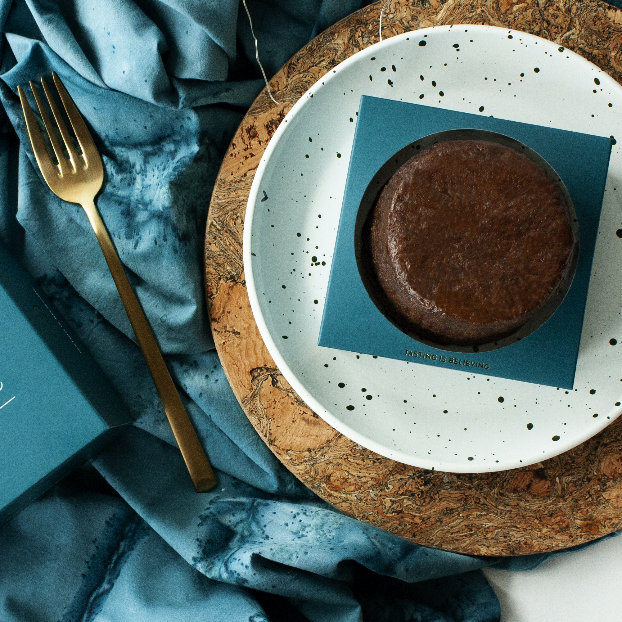 FRUIT CAKES & RUM CAKES