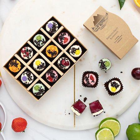 CHOCOLATE CREAMS & FONDANTS