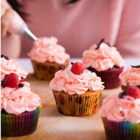 30% off Britain Loves Baking