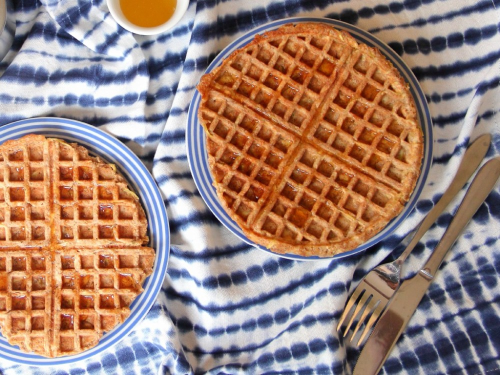 Cinnamon Apple Wholemeal Waffles (Vegan)