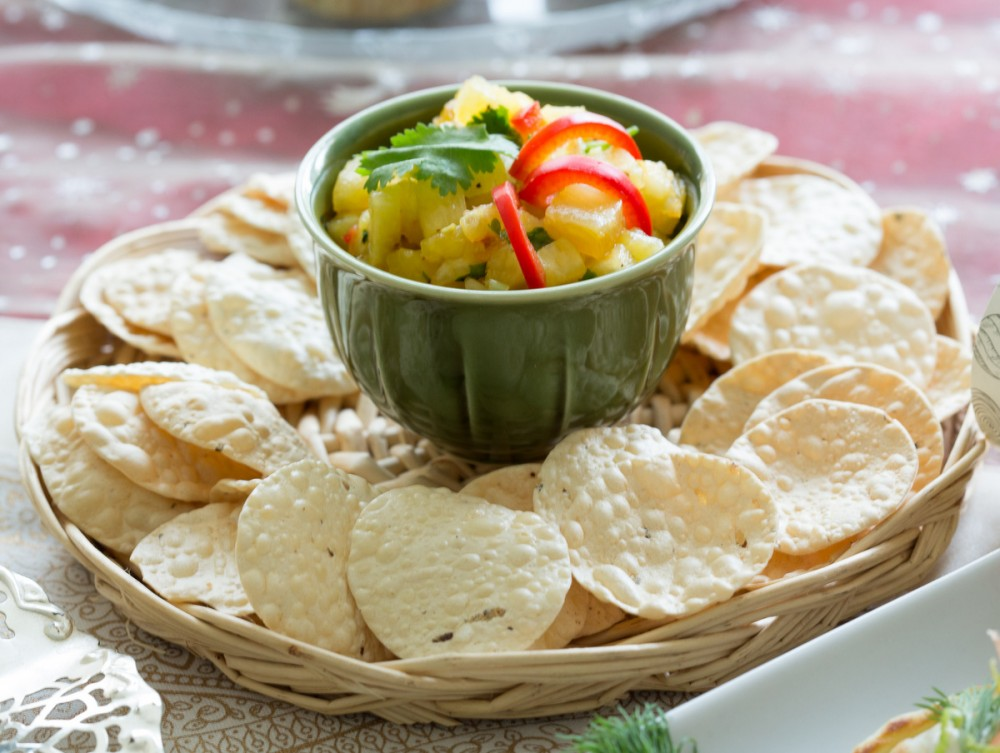 Crunchy Poppadoms with Pineapple Salsa