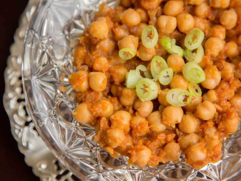 Chickpea Curry with Garam Masala Spice Drops