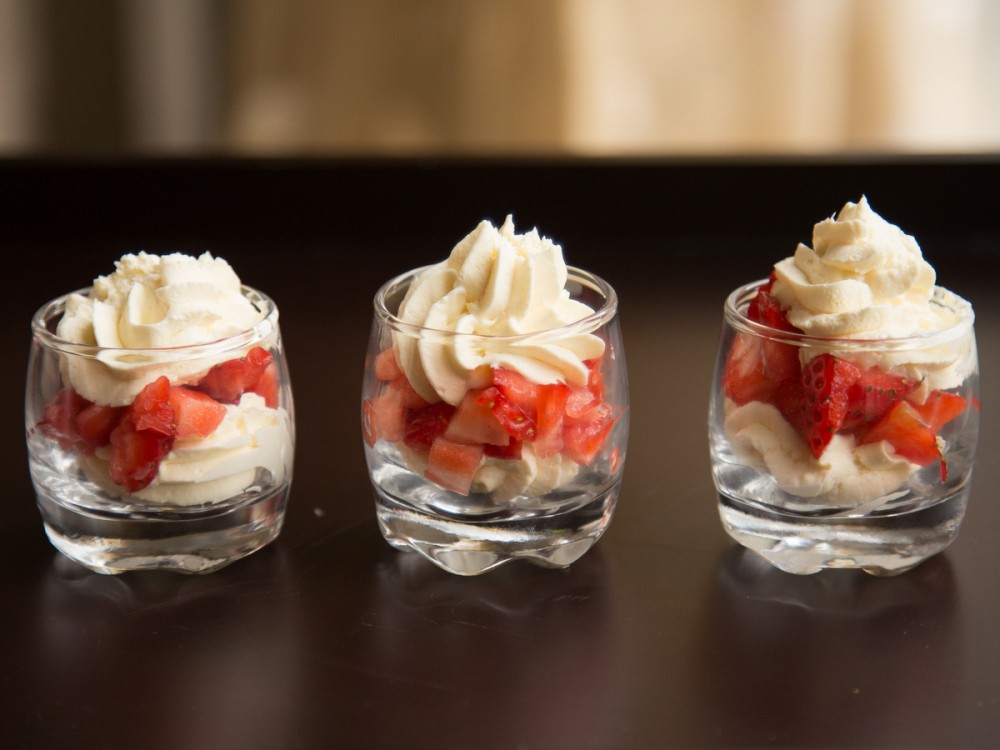 Flavoured Cream with Strawberries