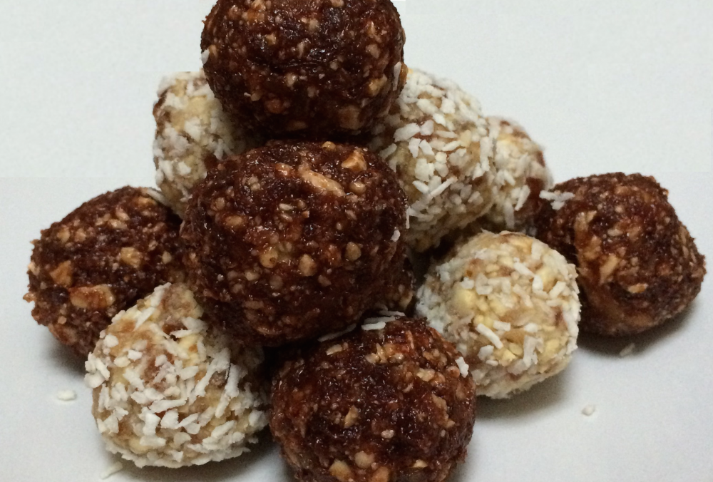 Easy peasy energy balls two ways