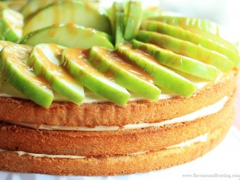 Apple Caramel Cream Cheese Cake