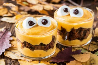 7 Ridiculously Easy Halloween Party Food Ideas For Kids