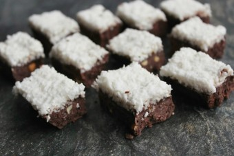 Snowy-Topped Christmas Mocha Fudge