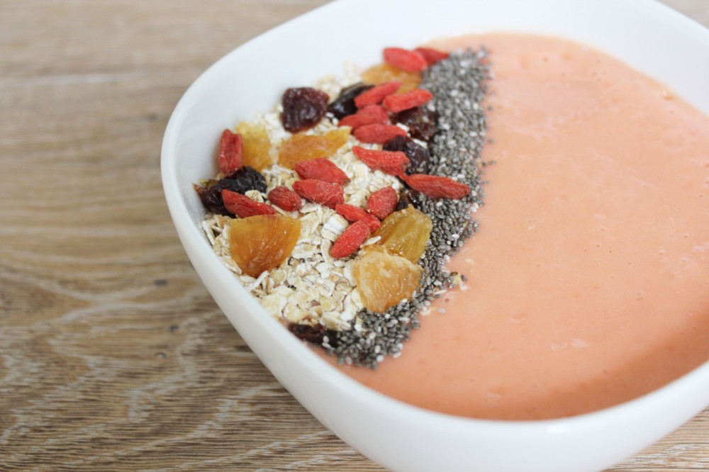 Breakfast Fruit Smoothie Bowl