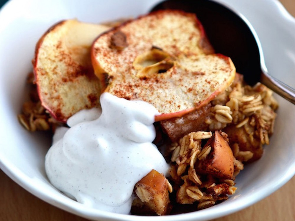Apple Chai-Spiced Baked Oats