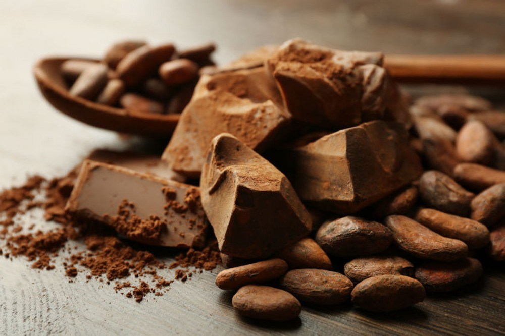 5 HEALTH BENEFITS OF RAW CACAO - READ ON IF YOU ARE A CHOCOLATE LOVER!