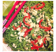 Asian Noodle & Kale Pesto