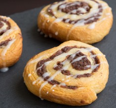 Cinnamon Rolls With Vanilla Icing