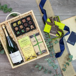 Breaky Bottom English Wine & Truffles Box