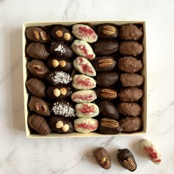 Large Sharing Chocolate Dates Gift Box