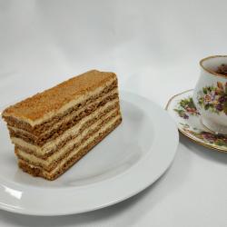 Medovic - Russian Honey Cake (1 slice)