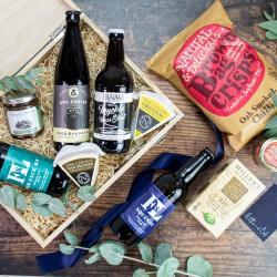 Hadrian Real Ale and Cheese Hamper
