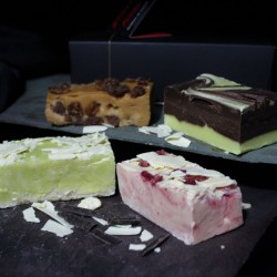 Ice Cream Dreams Artisan Butter Fudge Box (4 Fudge Bars)