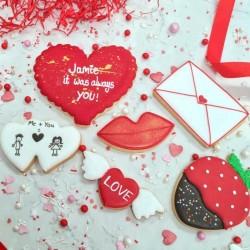 Personalised Valentines Biscuit Gift Set