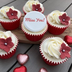 """""""Miss You"""" Gift Cupcakes"""