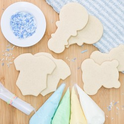 DIY Cookie Decorating Kit - Decorate Your Own Baby Boy Biscuits, 6 Biscuits