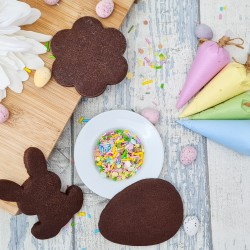 DIY Cookie Decorating Mini Kit - Decorate Your Own Easter Themed Biscuits, 3 Chocolate Biscuits