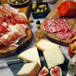 Il Rustico - The Essential Italian Cheese & Charcuterie Box