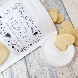 Dunkable Hearts - Vanilla Heart Biscuits plus Marshmallow Icing Dip - 12 pieces