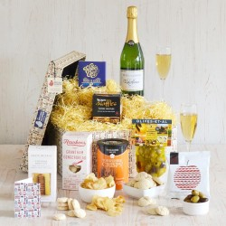 The Blissful Elderflower Hamper