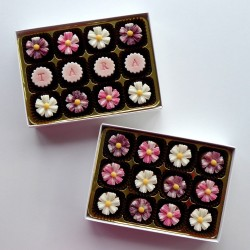 Blooms - Personalised decorated chocolates