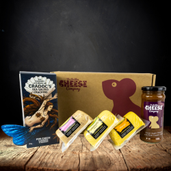 Fruity Cheddar Selection Gift Box