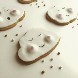 'Get Well Soon' Cloud Cookies