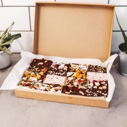 Ultimate Selection Box of Raw Cakes (8 or 16 slices)
