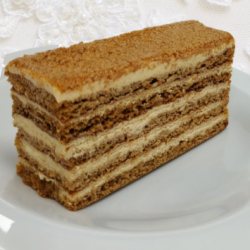 Medovic - Russian Honey Cake (4 slices)