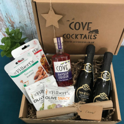 Cove Royale Cocktail Father's Day Gift Box