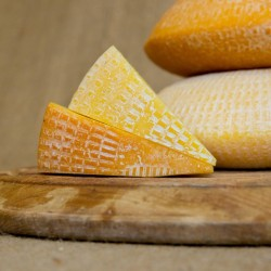 Smoked Organic Ashdown Forester Cheese
