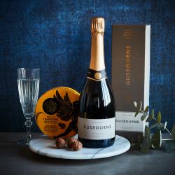 English Bubbles And Champagne Truffles Gusbourne Hamper