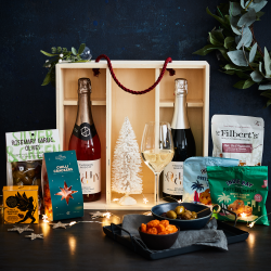 The Non Alcoholic And Nibbles Wooden Christmas Gift Box