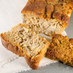 Paleo Apple Cinnamon Cake