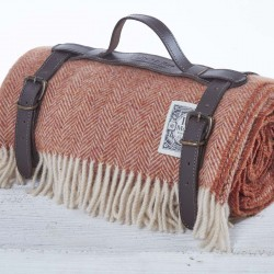 Luxury Wool Picnic Rug - Fox