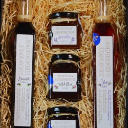 Heavenly Hedgerows Foraged Preserve & Liqueur Hamper