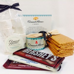 The Cloud Nine Marshmallows S'Mores Kit