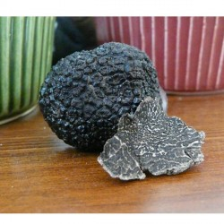 Fresh Black Winter Truffles (Tuber Melanosporum Vittadini)