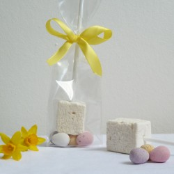 10 Easter Marshmallow Pops