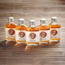 Five Mini Manhattan Whiskey Cocktails